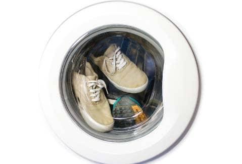 lavar zapatillas en lavadora