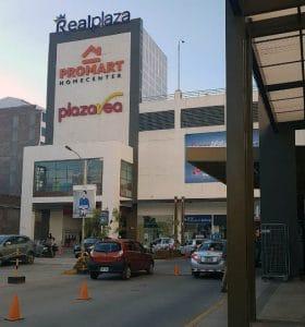 entrada tienda plaza va cusco por realplaza